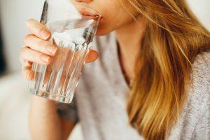 su, su bardağı resmi, su bardağı, su içmek